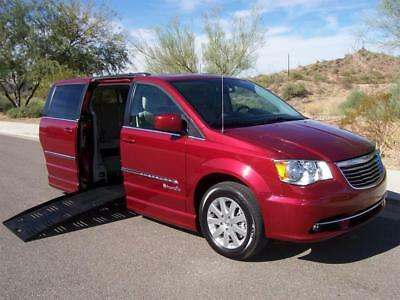 2013 Chrysler Town & Country Touring Wheelchair Handicap Mobility Van 2013 Chrysler Town & Country Touring Wheelchair Handicap Mobility Luxury Van
