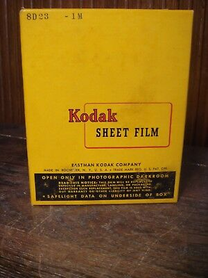 """Vintage Kodak Photographic Sheet Film 4"""" x 5"""" 25 Sheets From the 1950s Sealed"""