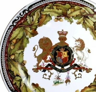 """Commemorative Plates from Royal Collection TIN of 4 """"ROYAL OAK PLATE"""" Coasters"""
