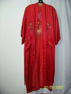 Vintage Hand Embroideryjapanese 100% Red Silk Robe With Belt Size M