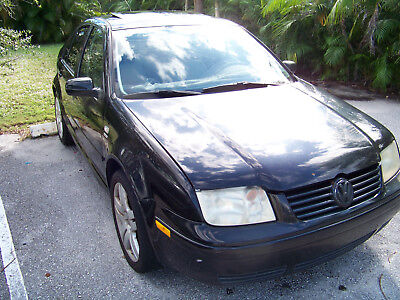 2003 Volkswagen Jetta gls 2003 VW jetta Wolfsburg Edition 1.8t 5a will not start- FOR PARTS