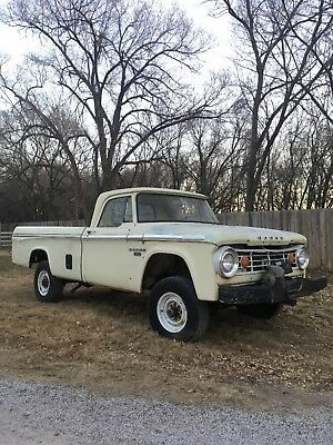 1967 Dodge Power Wagon  1967 dodge Power Wagon, Big Block, auto, A/C