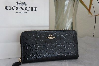 NWT Coach F54805 Accordion Zip Wallet in Signature Debossed Patent Leather Black