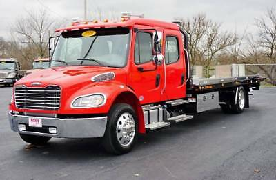 2018 Freightliner M2 Crew Cab * All The Buttons! * 22' Jerrdan Steel * Financing