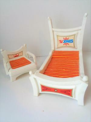 Vintage 1960s Remco TV Jones Doll Furniture Bed Chair fits Pussy Meow Pocketbook