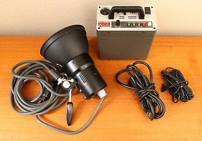 "Comet Cometlite 1200II Strobe Pack with Comet Head, 7"" Refector, Power Cable, PC"