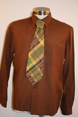 X LARGE  ORIGINAL VINTAGE MENS 1970s  SHIRT & TIE  DEBONAIR  POLY/COTTON/WOOL