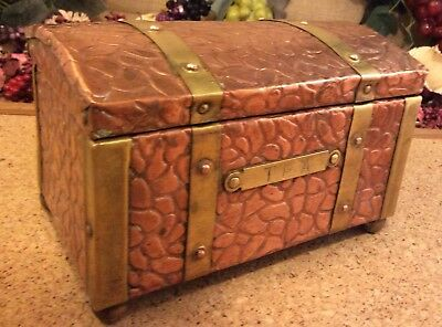 Victorian Copper & Brass Arts & Crafts Style Tea Caddy 15.5 x10 x10cms