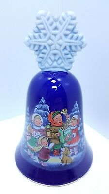 "Christmas of 1987 Vintage Porcelain Avon Bell ""Carolers"" RARE Replace a Memory!"