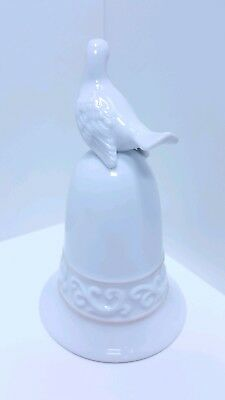 "Christmas 1981 Vintage Avon Porcelain ""Dove"" Bell - RARE - No Original Box"