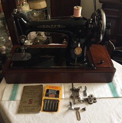 Vintage Singer 201k Sewing Machine With Case ,Accessories & Instructions 1940