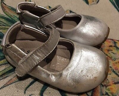 Size 21 Toddler Girls Skeanie Shoes Leather