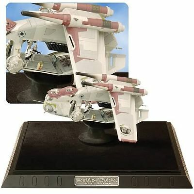 Star Wars Republic Gunship Code 3 RAR Collector + Acylic Case unopend