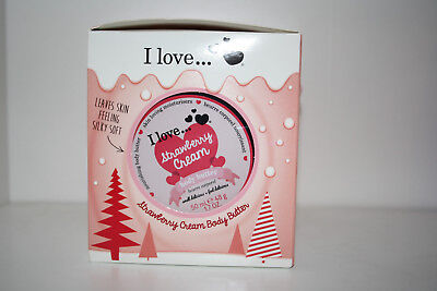 I Love... Strawberry Cream | Mini Treat Box Geschenkset | Duschgel + Butter