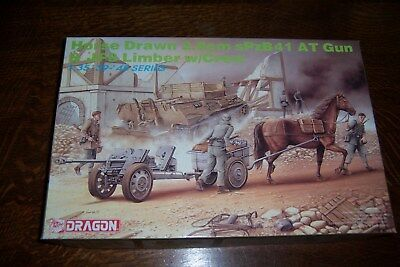 Horse drawn 2,8cm sPzB 41 with Limber von Dragon  1/35