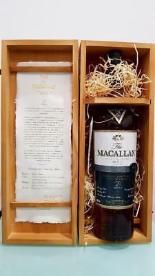 The Macallan Fine Oak 21 Year Old Single Malt Scotch Whisky 700ml @ 43 % abv