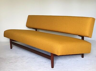 banquette type design scandinave design 1950