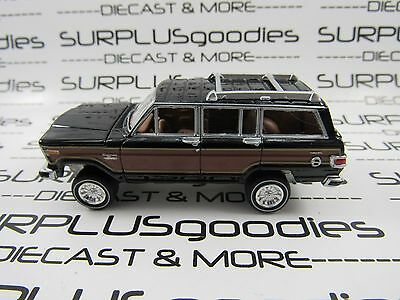 Johnny Lightning 1/64 Scale LOOSE Black w/Wood Panels 1981 JEEP WAGONEER 4X4