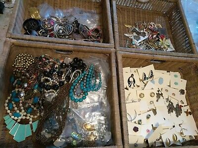 20pc Jewelry Lot  Picked Randomly Antique Vintage, Modern Gold & Silver Tone