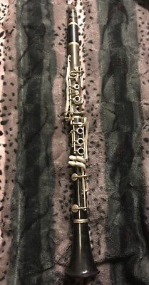 VINTAGE  BUNDY CLARINET w/GEO M BUNDY #3 MOUTHPIECE