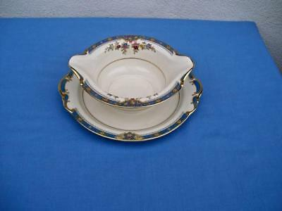 """Kpm Royal Ivory """"chesly""""gravy Boat With Attached Underplate Unused"""