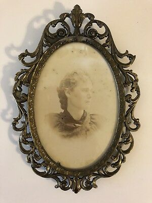 Italian vintage antique brass frame with Vintage Photo glass ornate Oval