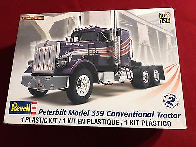 Revell Peterbilt Model 359 Conventional Tractor 1:25 Skill 2