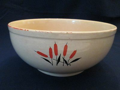 KITCHEN MIXING BOWL! Vintage UNIVERSAL POTTERIES: CATTAIL pattern: LOVELY!