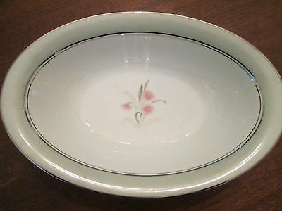 OVAL VEGETABLE BOWL! Vintage NORITAKE china: CLARABELL pattern: EXCELLENT!