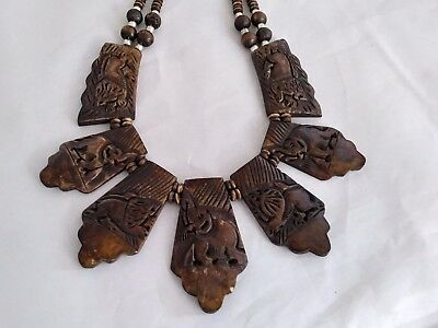 Vintage Beautiful Unsigned Ceramic/Glass African-Style Elephant Motif Necklace