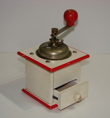 Vintage/Retro Styled Wooden White/Red Coffee Grinder/Mill