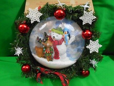 Avon Musical Snow Blowing Lighted Wreath Seasonal Holiday Christmas Collectibles