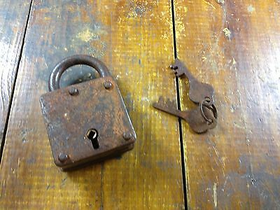 Antique Style Square Shaped Heavy Duty Padlock Lock With Two Keys - It Works!