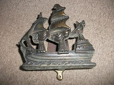 VINTAGE SOLID CAST AND BRASS SHIPS  DOOR KNOCKER  GALLEON SAILING SHIP ? Sailing