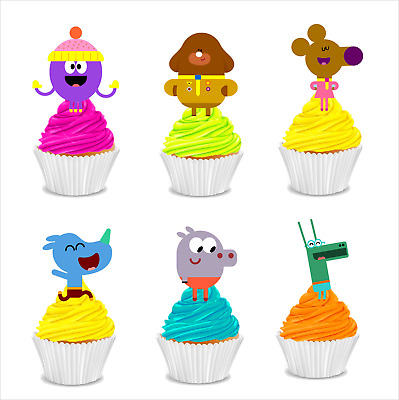 #550. Hey Duggee edible wafer stand up cupcake cake toppers images