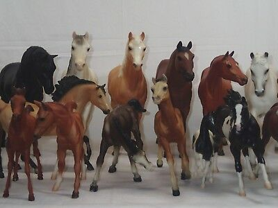 Lot of 26 Vintage Mixed Breyer Horses Reeves Molding Co.