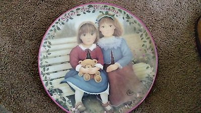 Bradford Exchange Collector Plate SISTERS are BLOOSOMS Kindred Moments Plate