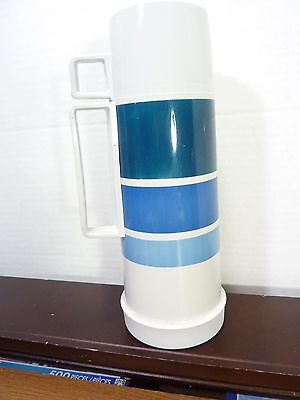 VTG THERMOS 1 PINT HOT - COLD w/ STOPPER AND CUP MADE IN CANADA
