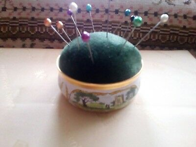 Pin Cushion Nadelkissen emaille enamel Crummles