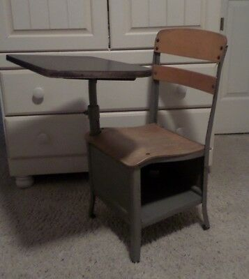 Pick-Up Only Vintage Irwin Child's Wood & Metal School Desk Made In U.S.A.