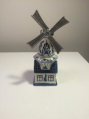 Delfts Handwerk Made in Holland Music Windmill Delft Blue and White