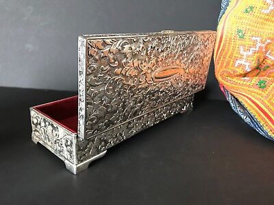 Vintage Look Silver Finish Jewelry Box with Red Velvet Lining…