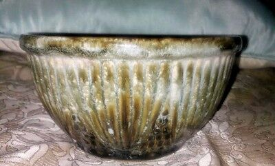 """Vintage 7"""" Roseville Mixing Bowl RRP Co Brown and tan glaze Beautiful design"""