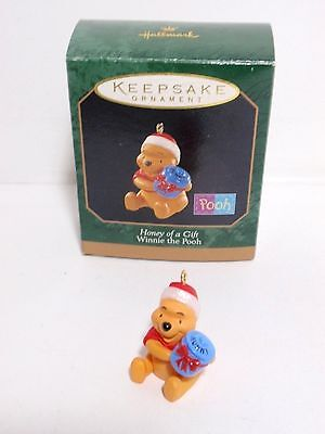 Honey Of A Gift hallmark ornament winnie the pooh miniature QXD4255 MIB
