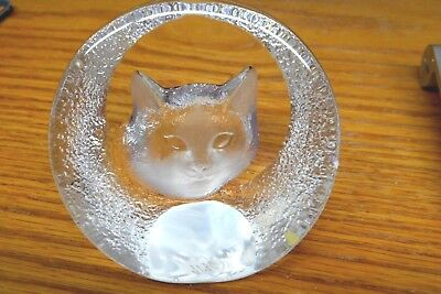 Mats Jonasson Cat Paperweight Crystal Signed Textured Carved Glass 9176