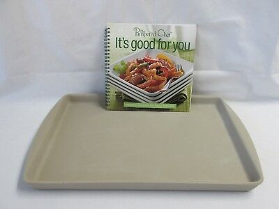 The Pampered Chef Large Bar Pan & It's Good For You Cookbook