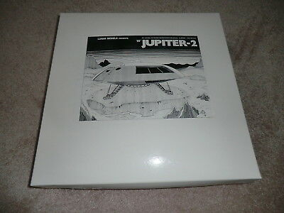 "Lunar Model Lost in Space Jupiter 2 Exterior 1/35 Scale 16"" Model NIB No. SF007"