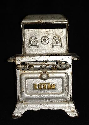 Toy Stove Cast Iron by ROYAL Miniature Toy Dollhouse Vintage