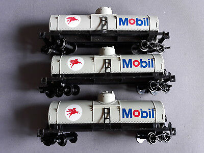 Life-Like Mobil Bogie Tank Cars X 3 Good Condition Unboxed Ho Gauge(Fn)