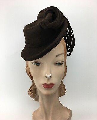 Vintage 1930s 1940s Brown Felt Mini Fedora Tilt Hat w/ Double Loop Tassels